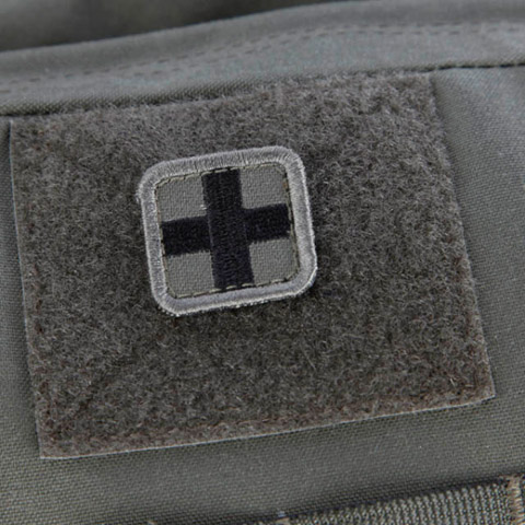 snigeldesign-cross-patch-small-12